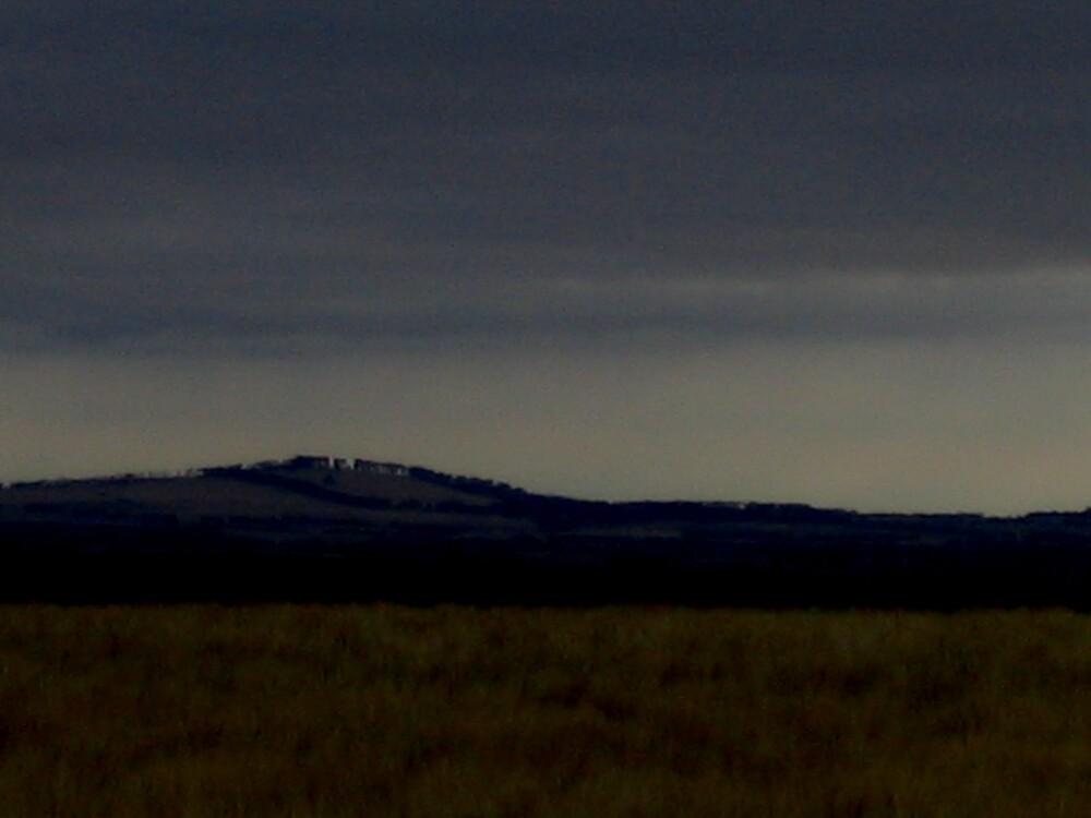 Darkened Horizon by handmaidbyhelen