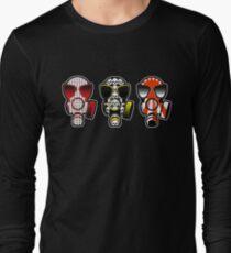 ORDER NOW! or die looking like sh*t. T-Shirt