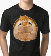 ADAM LIEBT CROSSING ARMS - BÄR PRIDE - GINGER EDITION Vintage T-Shirt