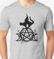 Triple Moon Pentacle Winged Cat Wiccan Wicca Pagan Design Unisex T-Shirt