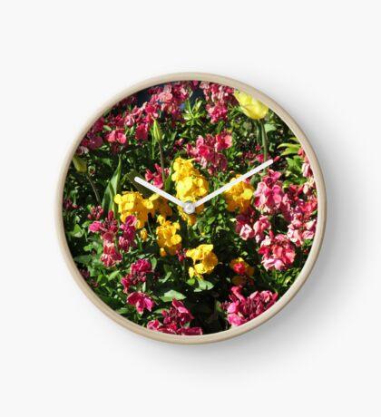 Flowerbed - Preston Temple Uhr