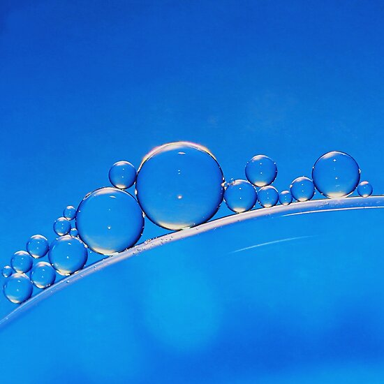 Blue Bubbles by KUJO-Photo