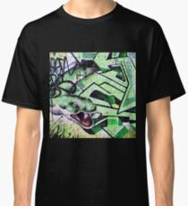 Green snake graffiti Classic T-Shirt
