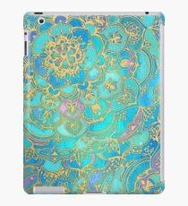 Saphir und Jade Glasmalerei Mandalas iPad-Hülle & Klebefolie