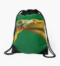 Red eyed tree frog on yellow lily Drawstring Bag