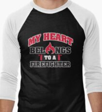 My heart belongs to a firefighter Men's Baseball ¾ T-Shirt