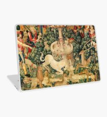 UNICORN IS FOUND / Fountain,Other Animals,Green Floral Laptop Skin