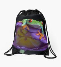 Red eyed tree frog on purple tulip 2 Drawstring Bag