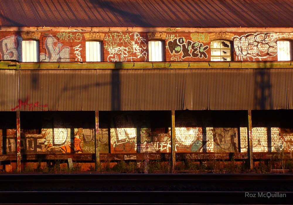 Old Building, Newport by Roz McQuillan