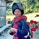 Mien mother and baby  by John Spies