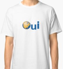 Oui Quebec Referendum 1995 yellow poster sticker with earth Qc PQ Québec french yes Classic T-Shirt