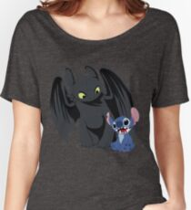 Camiseta ancha para mujer Stitch and Toothless