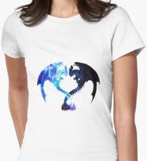 Camiseta entallada para mujer Corazón de dragón (Furia desdentada y ligera)