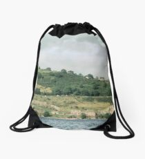Going south past Urquhart Castle C13-17 Loch Ness Scotland 19840911 0006  Drawstring Bag
