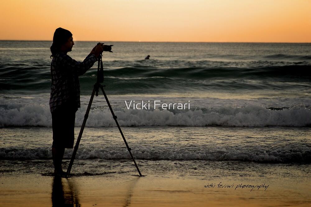 SurfersCameraMan © Vicki Ferrari Photography by Vicki Ferrari