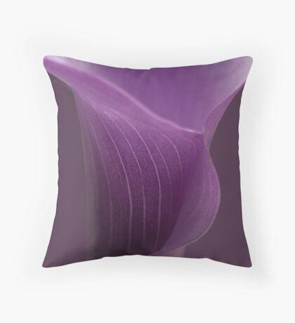 purple calla lilly ... Throw Pillow
