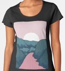 River in the valley  Women's Premium T-Shirt