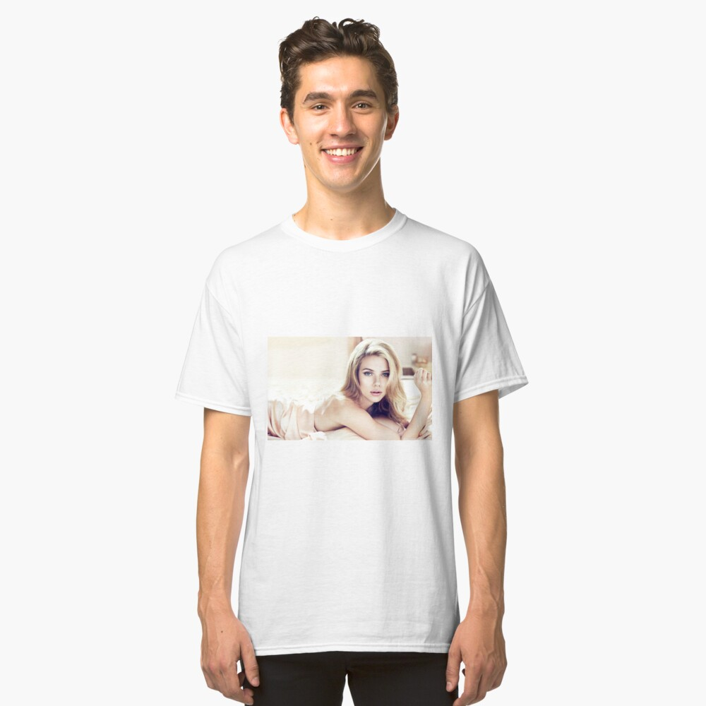 Scarlett Johansson Classic T-Shirt Front