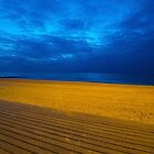A night at the beach by vfphoto