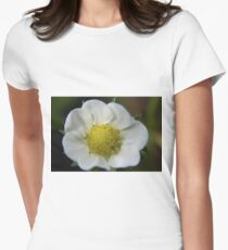 White Flower Close Up Women's Fitted T-Shirt