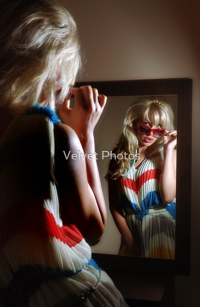 Sexy girl in the mirror by Velvet Photos