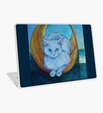 Tunnel vision - cat Laptop Skin