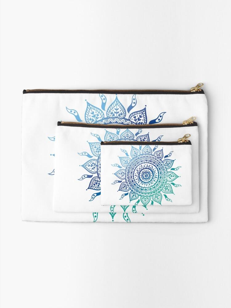 Alternative Ansicht von Blaue Farbverlaufsmandala Täschchen