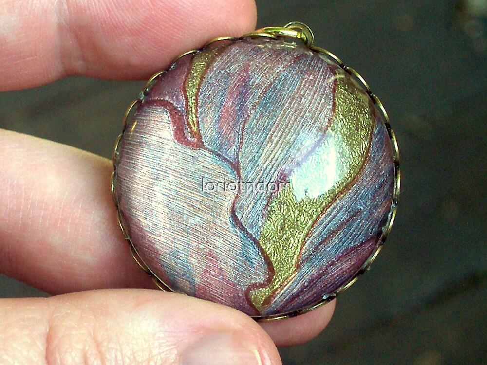 medallion. vintage wallpaper pendant. by loriotndorr