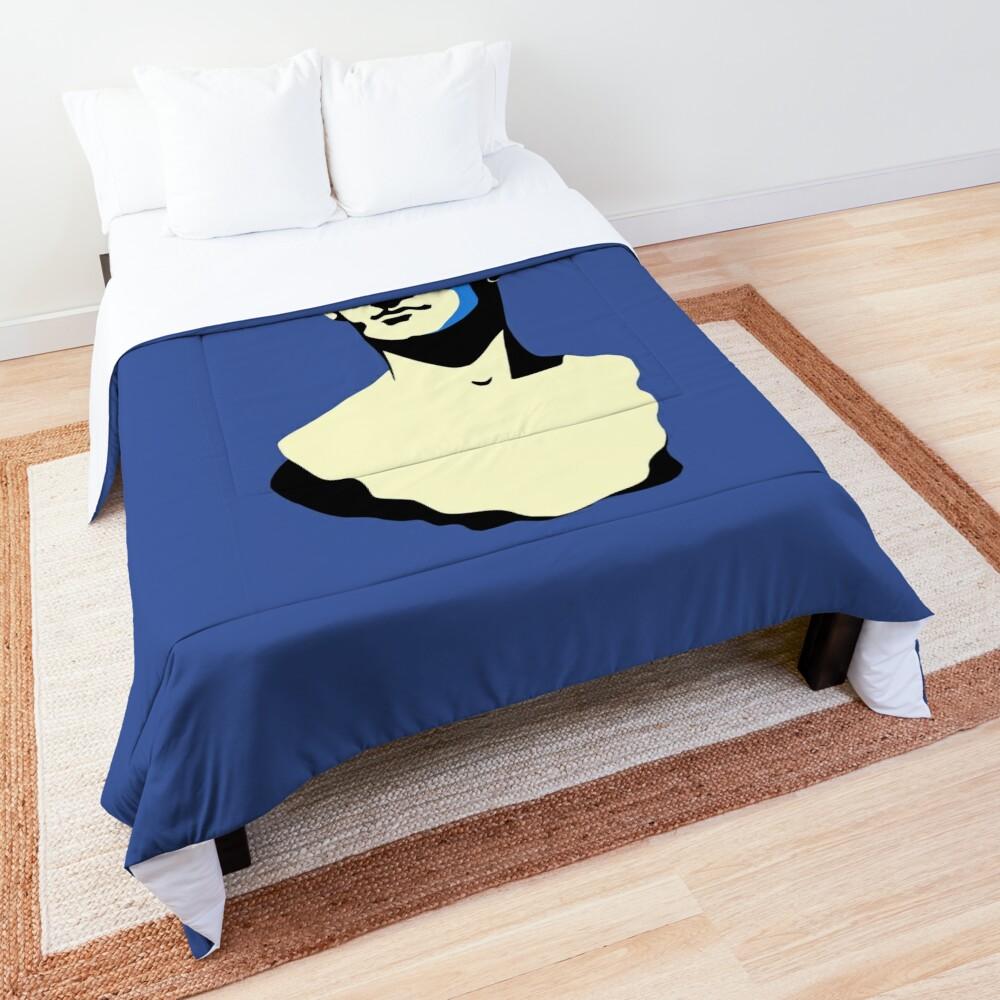 Bust Comforter