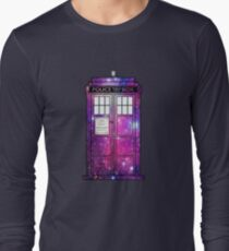 Starry Police Public Call Box. T-Shirt