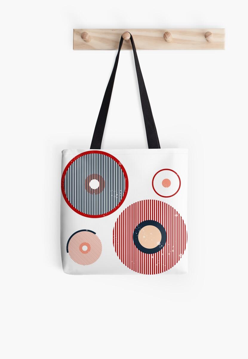 Abstract nipple design for modern feminists by Iza Bułeczka