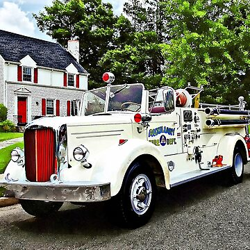 White Fire Truck by SudaP0408