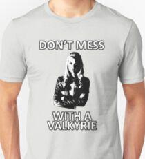 Camiseta unisex No te metas con una Valkyrie