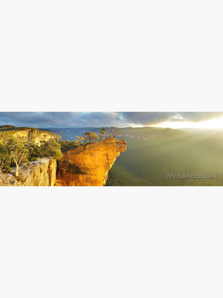 Hanging Rock, Blue Mountains, Australia by Chockstone