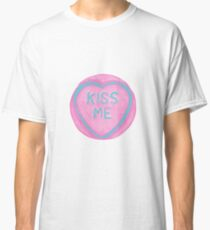 Kiss Me Pink Loveheart Design Classic T-Shirt