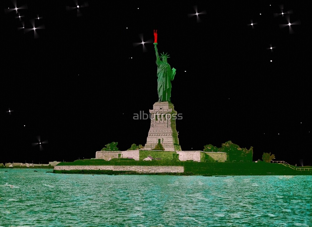 Statue of Liberty by Starlight. by albutross