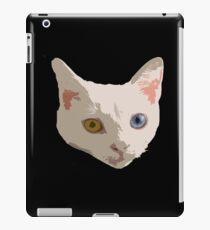Odd-eyed cat iPad Case/Skin