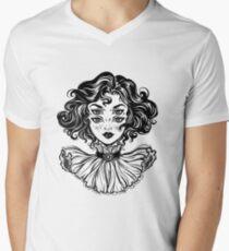 Camiseta de cuello en V Retrato gótico de la cabeza de la muchacha de la bruja con el pelo rizado y cuatro ojos.