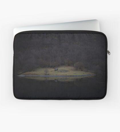 Violette Insel (Fjorde) Laptoptasche