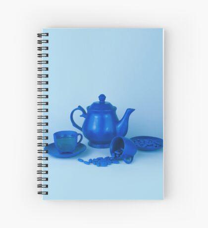 Blue Tea Party Wahnsinn Stillleben Spiralblock