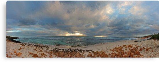 Mettams Pool Beach (Multi Row Panorama)  by EOS20