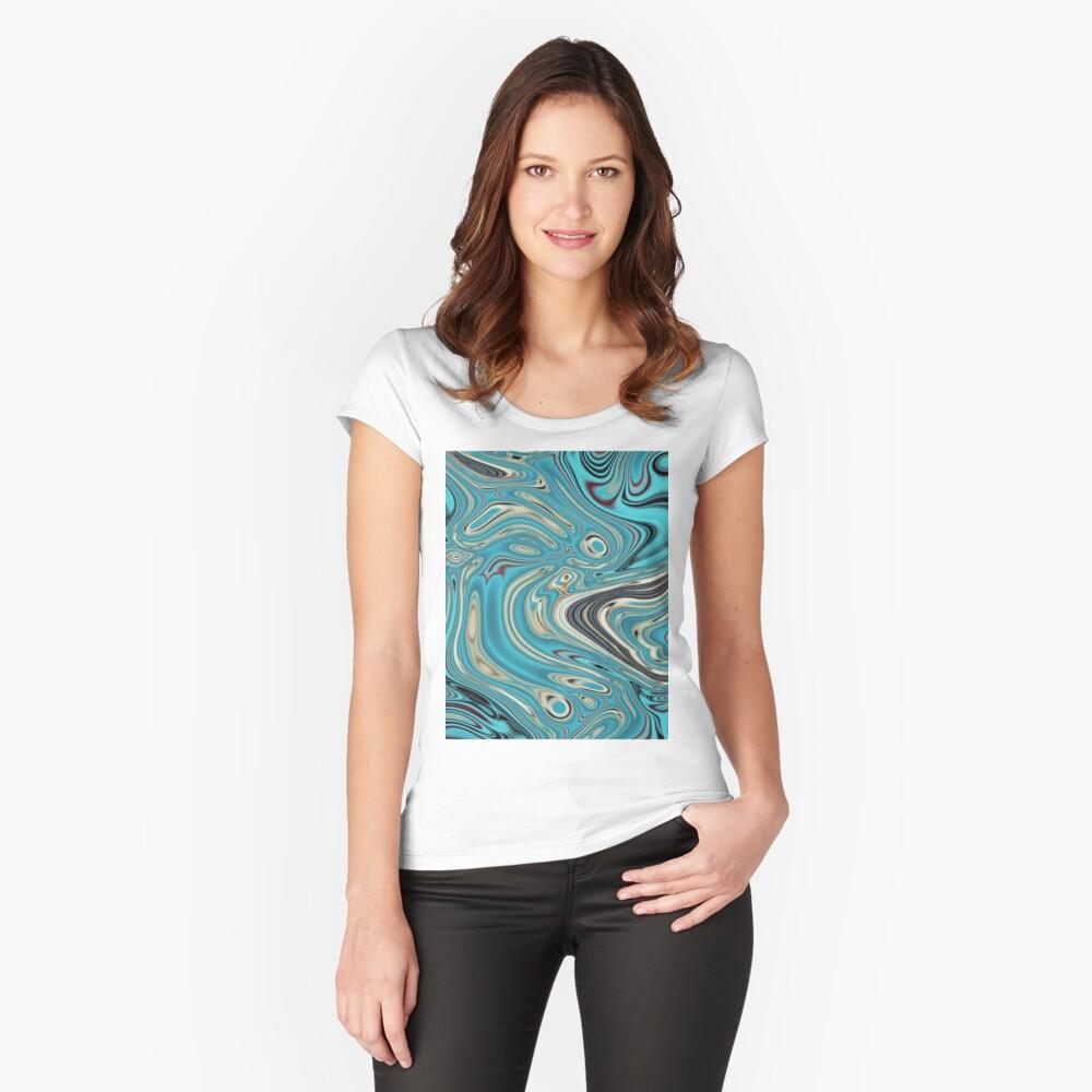 abstrakter Strandmarmormuster aquamariner Türkis wirbelt Tailliertes Rundhals-Shirt