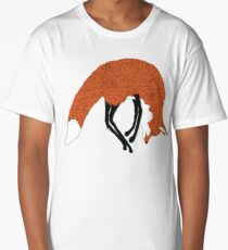Jumping fox in the snow - Animal Illustration - Kitsune in snow scene Long T-Shirt
