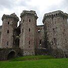 Raglan-Schloss, Raglan, Monmouthshire, Wales von trish725