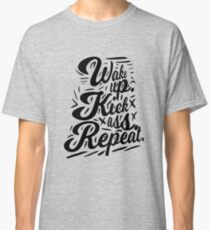 Wake up vintage Classic T-Shirt