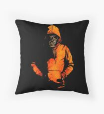 vulpes pilum mutat, non mores (Black Shirt Version) Floor Pillow