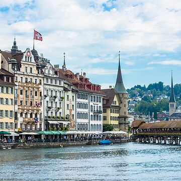 View of historic Luzern city center by dvoevnore