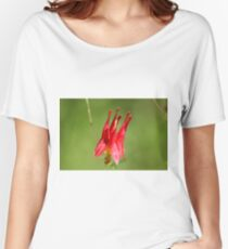 Red flower with geen background Women's Relaxed Fit T-Shirt