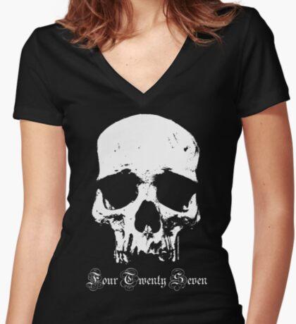 427 Skull • 327/350/396/427/454/502/572/632 Women's Fitted V-Neck T-Shirt