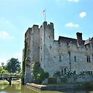 hever castle  by marxbrothers